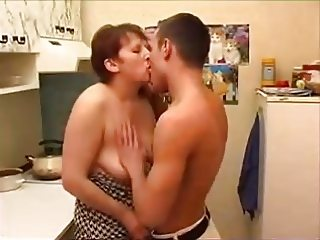 not mother son kitchen creampie