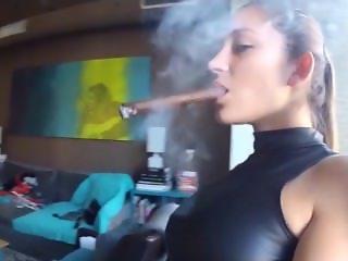 Cigar & Strapon