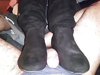 Bootjob with Kittys Suede like boots