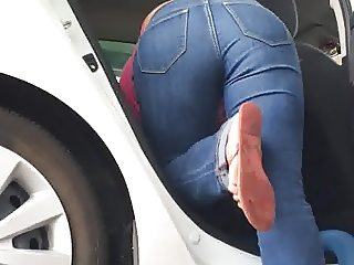 Amazing ass in jeans latina