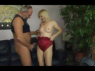 Hungarian mature blonde Tunde (Jennyfer) fucked by old man