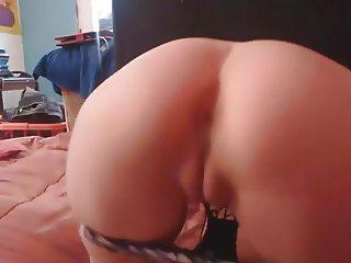 Teen Masturbate on Webcam