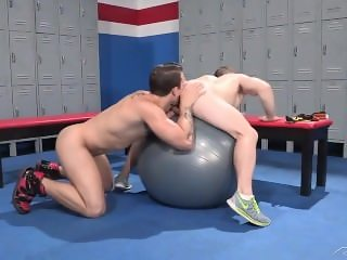 Horny Fun After A Workout @ The Gym