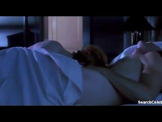 Jennifer Jason Leigh in Single White Female (1993)