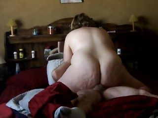 Curvy BBW Grinds to orgasm