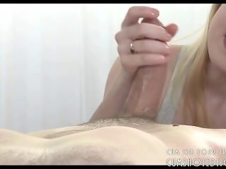 Submissive Teen Knows How To Milk Cock