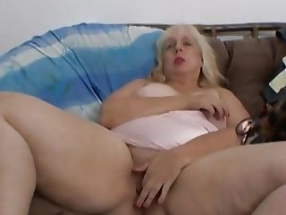 BBW ugly bitch masturbates