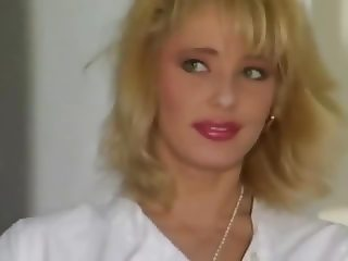Les Chaleurs De La Gyneco