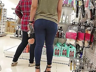 Young tight sexy college booty