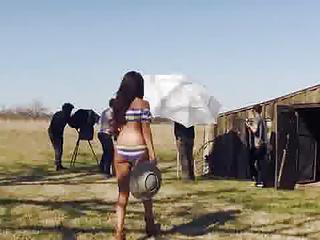 Selena - Amazing ASS