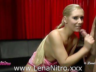 Lena Nitro melkt geilen Schwanz ab