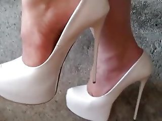 NEW WHITE STILETTOS HEELS