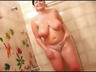 Chubby Teen GF showing her tits and pussy during shower