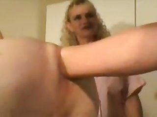 sissy fisting fun :)