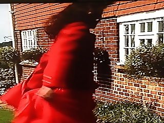 Wind Blown Skirt Problems For Attractive Estate Agent 5