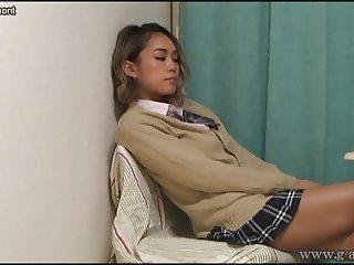 Peeping the panties of japanese schoolgirl form under the de