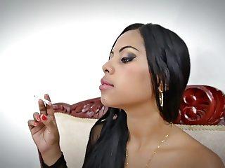 Smoking Fetish - Latina Fumando No nude
