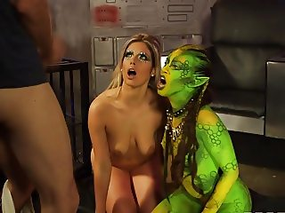 Sharing love with an Alien