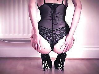 Hot girl with high heels make me cum alot