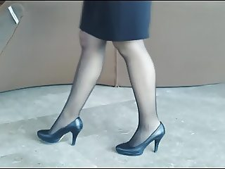 Bussiness woman in black pantyhose