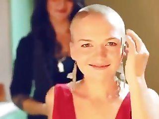 2 blond girls get shaved bald