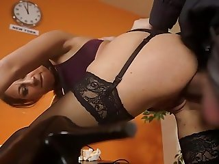 Sexy Secretary Desktop Assfuck
