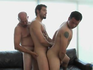 Daddy Fucking 2 hot guys