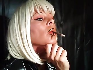 Smoking a More 120