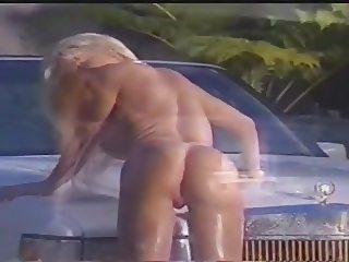 Hotbody 1999'