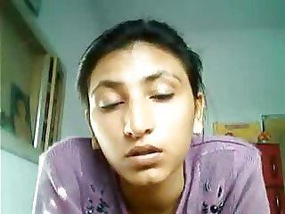 Jammu callgirl teasing and stripping