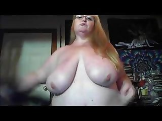 bbw dancing and playing