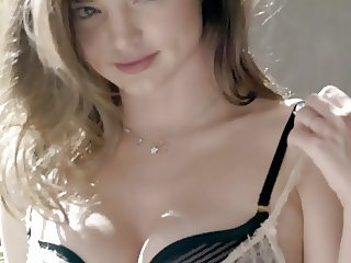 Miranda Kerr - Wonderbra 3