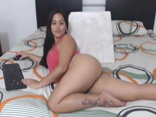 Sexy Colombian Latina Perfect Nice Ass!