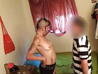 spanish amateur punk girl sets up her boyfriend