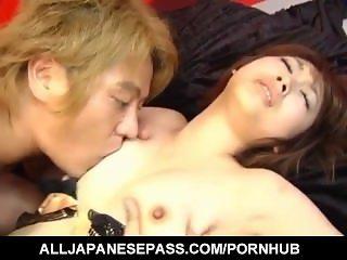 Reimi Fujikura gets her shaved pussy ravished