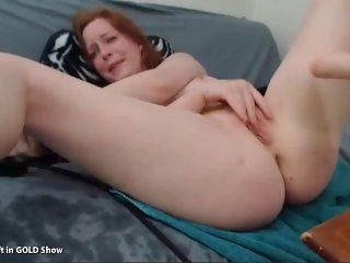 Red head fucked my machine - HottestCamGirlz.com