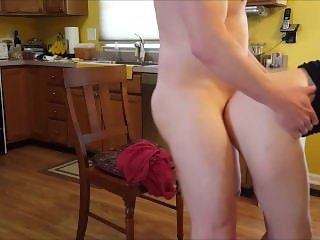 Taking a Pounding in the Kitchen - Amateur