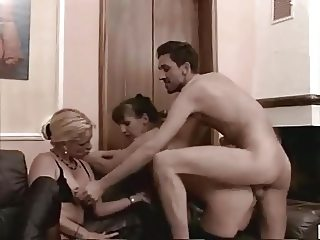 Amateur mature swingers threesome sex