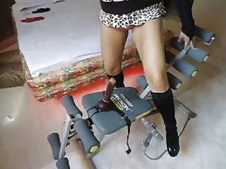 Cuckold brazilian wife show her hot body