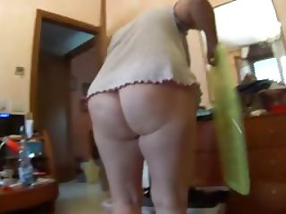 the blond angel - large rear