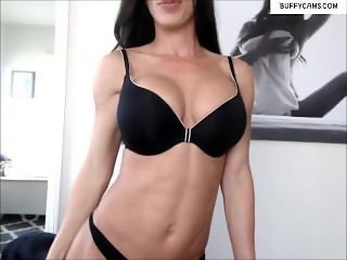 Hot FBB Female Bodybuilder Nude On Webcam