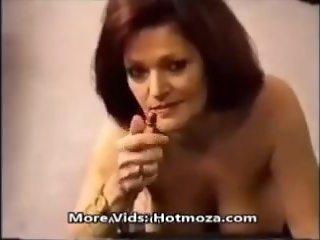 Mommy smoking while fucking _ Hotmoza.com