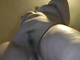 chubby wife gets naked