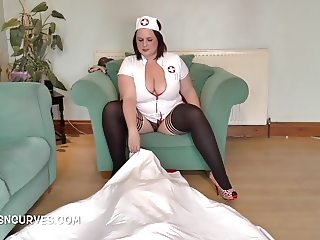 British Nurse demonstrates a new therapy