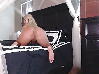 Pawg Fitness Girl Strip  Tease
