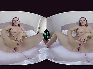 Jennifer Amton Solo - VR Porn