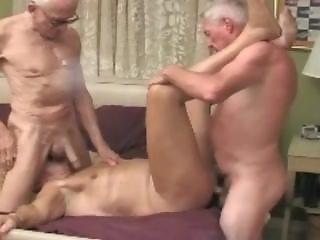 Grandpa HotFuck Threesome