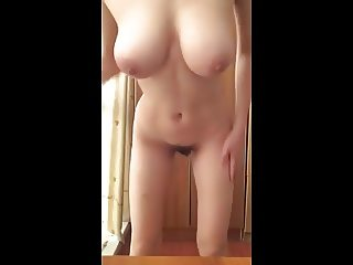 Amateur with Perfect Body shows off!