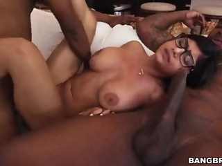 Mia khalifa Monster cock