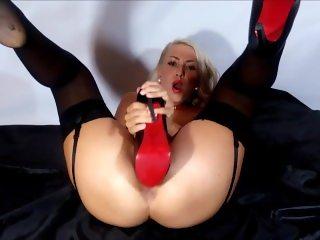 High heel shoe fuck in pussy